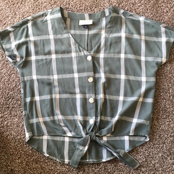 Universal Thread Button-Tie Front Shirt